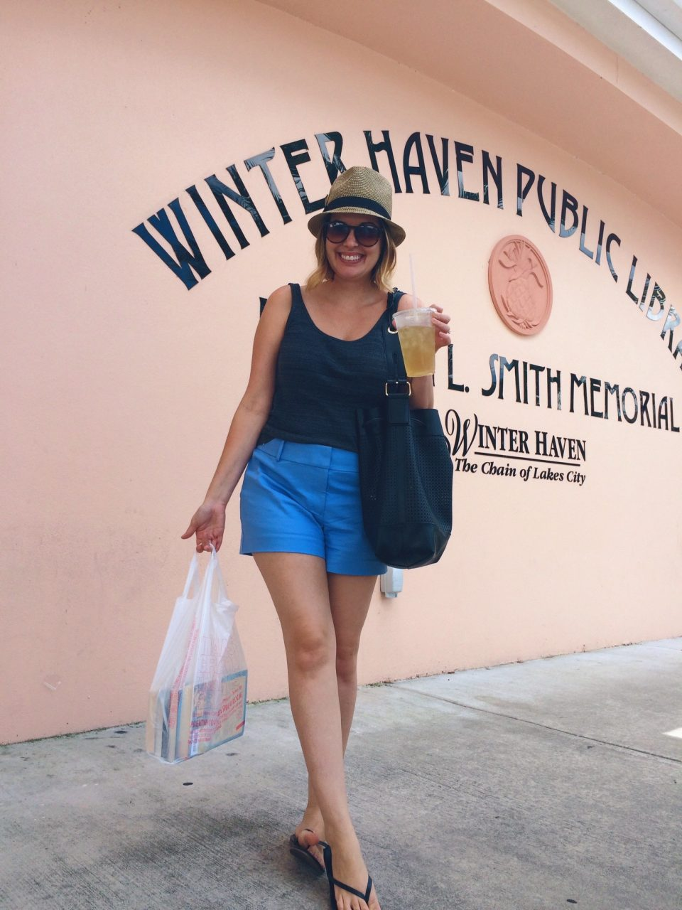 Loft Riviera Shorts Tahitian Blue, summer weekend outfit ideas, style blogger