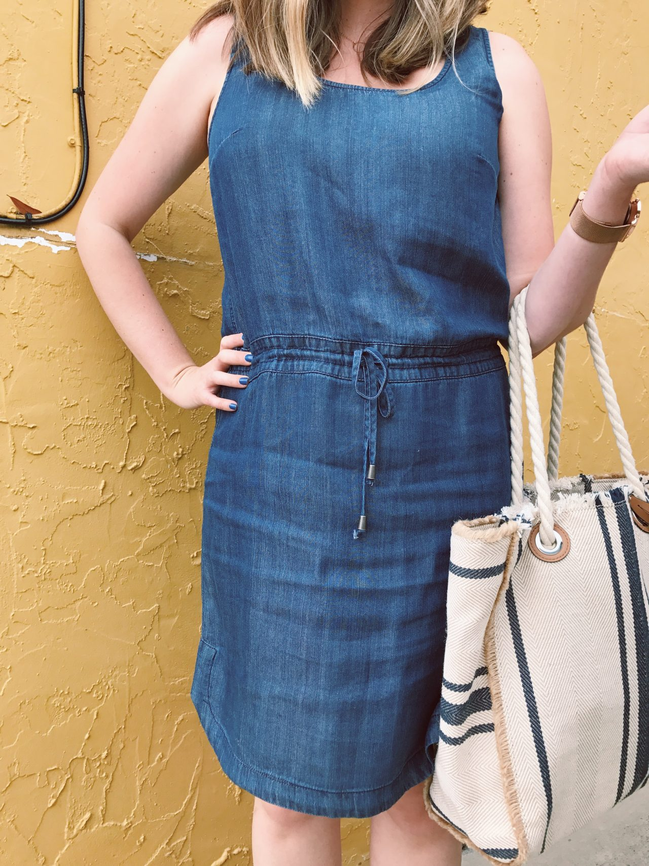 Olive and Oak Sleeveless Denim Dress, Vince Camuto Ulla Striped Summer Tote, Outfit Ideas, Casual Summer Style, Women's Fashion