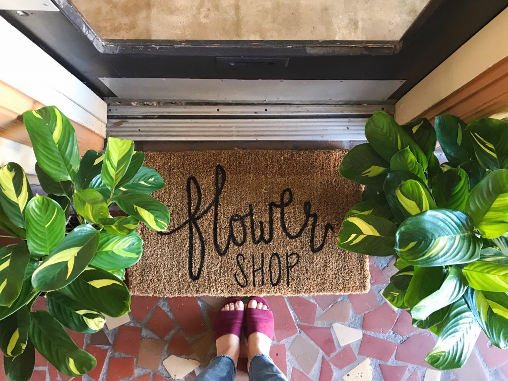 DIY doormat project for flower shop