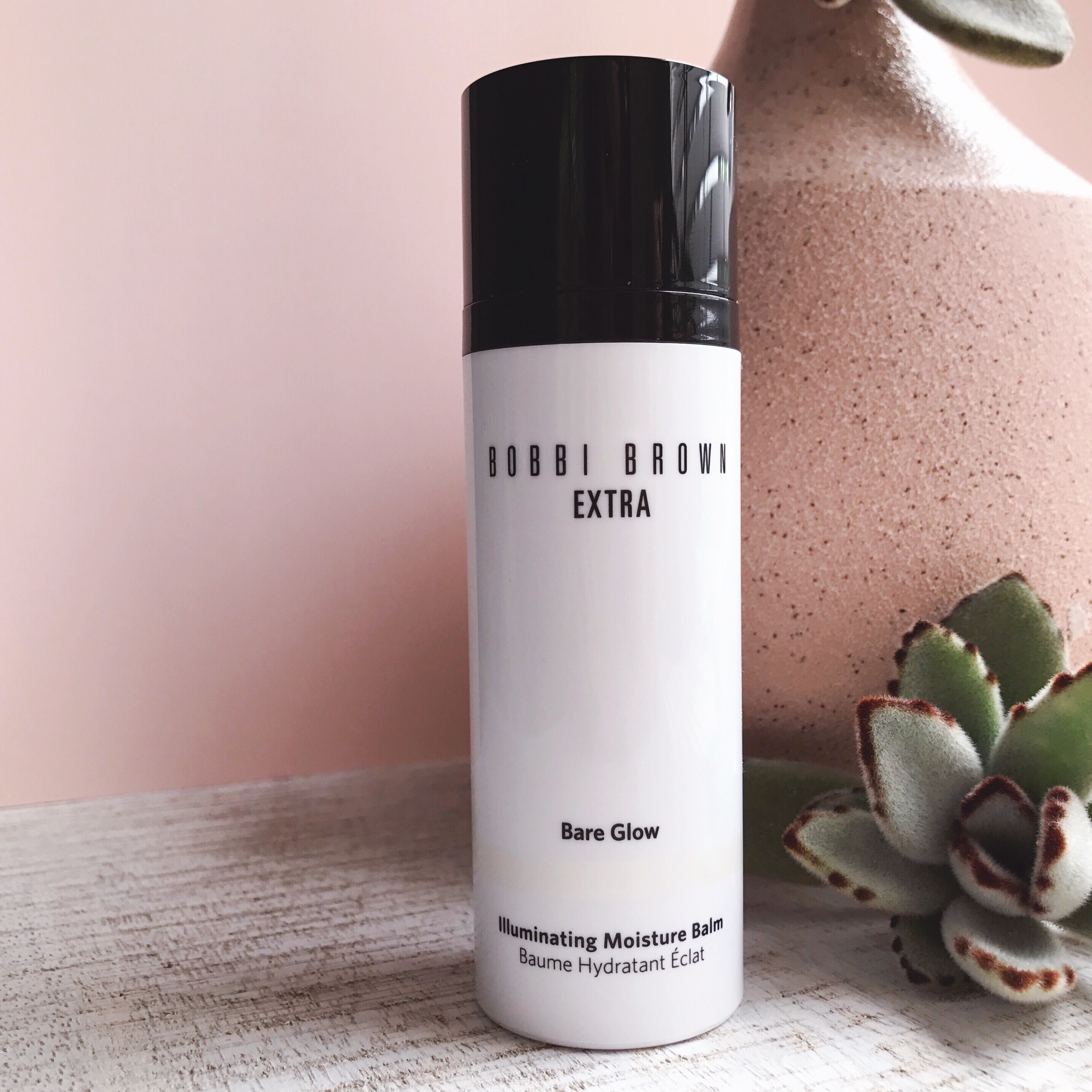 Bobbi Brown Extra Bare Glow Illuminating Moisture Balm