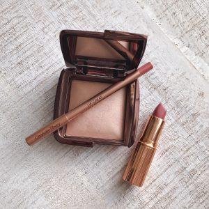 Hourglass Ambient Lighting Powder Dim Light Review, Charlotte Tilbury Pillow Talk Lip Cheat and Lipstick