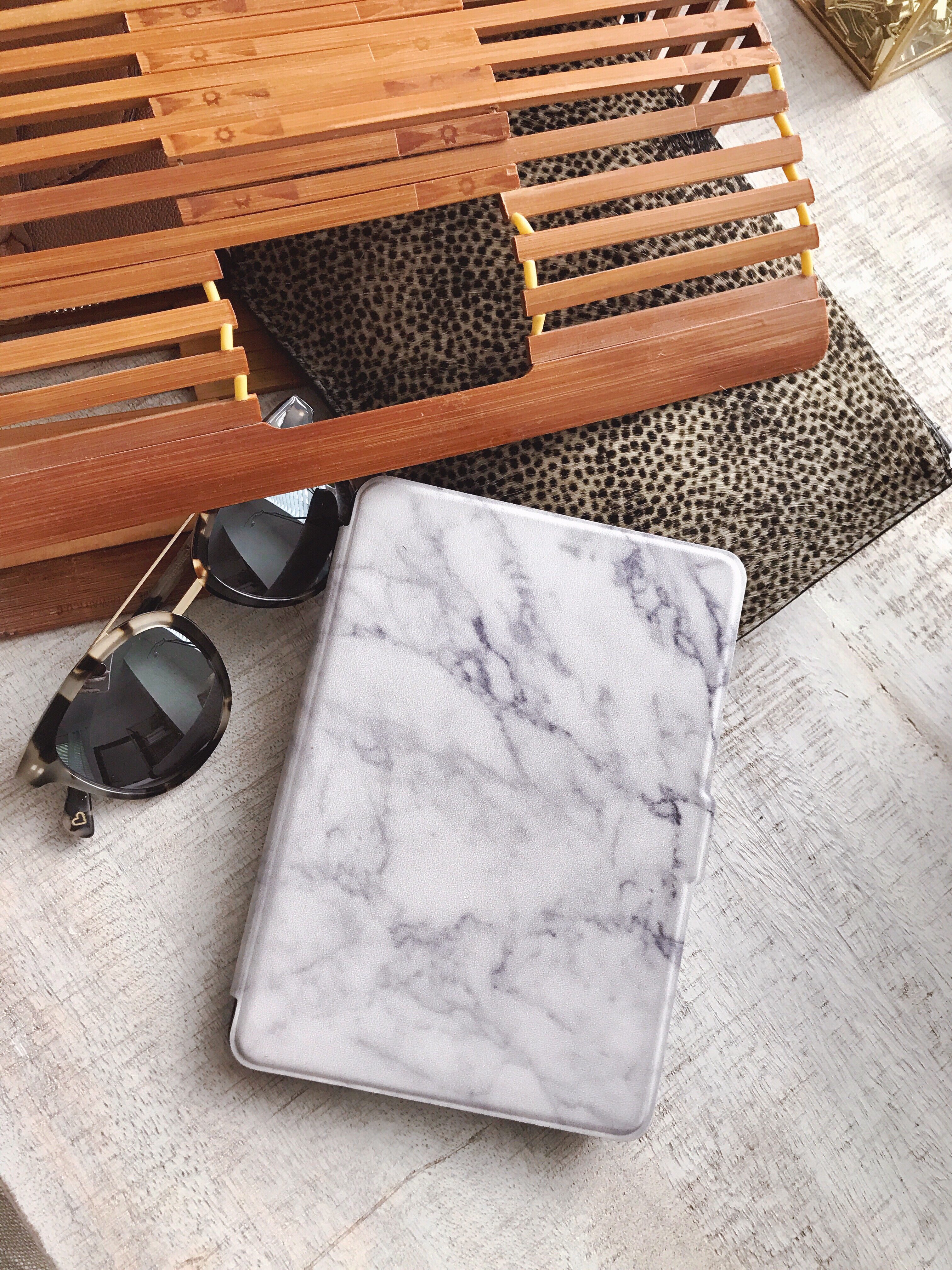 Marble slim shell case for Kindle Paperwhite