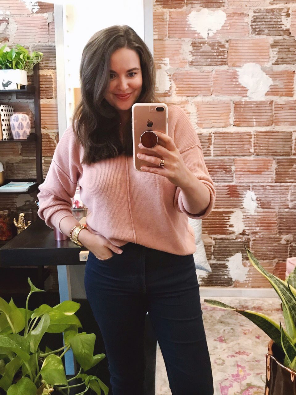 Style blogger wearing blush pink sweater French-tucked into dark blue Everlane authentic stretch hi-rise skinny jeans with velvet Loeffler Randall 'Celeste' mules